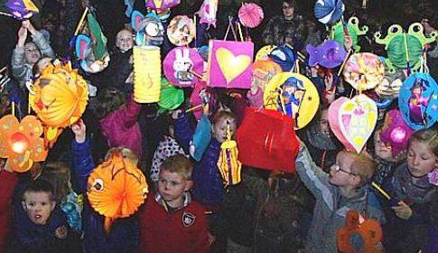 Lampionnenoptocht en lampion maken voor Voor Sint Maarten