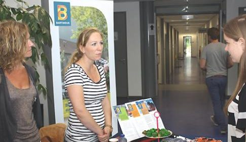 Meld uw bedrijf aan voor de Maatschappelijke Stage Markt in Buurtplein Zuid