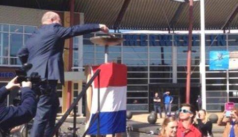 Atverni brengt bevrijdingsvuur hardlopend van Wageningen naar Nieuwegein