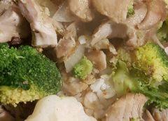 Koken met PEN: 'Groene curry met kippendijen, rijst, bloemkool en broccoli'