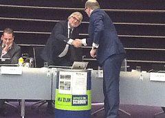 Nieuwe prullenbakken voor wethouder Peter Snoeren