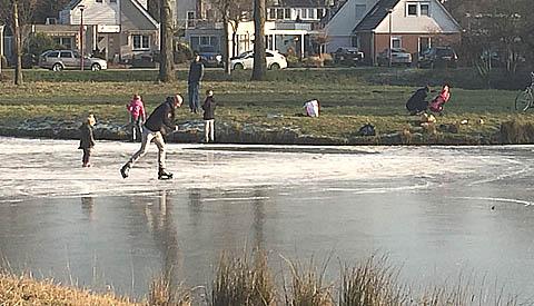 Ondanks negatief advies veel schaatsers op de been in Nieuwegein