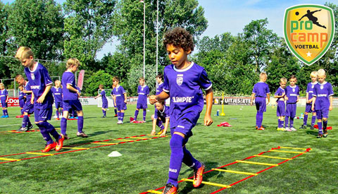 Het leukste voetbalkamp is deze zomervakantie bij sv Geinoord