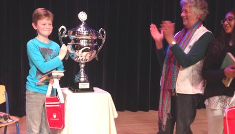 Milan Soesbergen is de Nieuwegeinse voorleeskampioen 2017