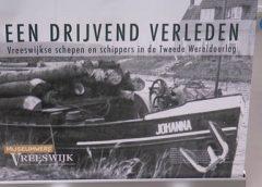 Video: Wethouder Martijn Stekelenburg neemt documentaire in ontvangst over Vreeswijk in WO II