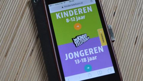 Rijk gaat Kindertelefoon financieren