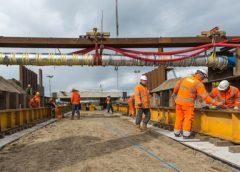 600.000 kilo beton succesvol verplaatst bij de Beatrixsluis