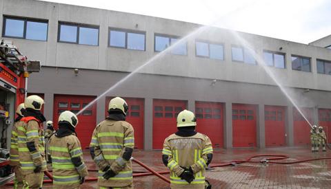Brandweer Nieuwegein herdenkt omgekomen brandweercollega's
