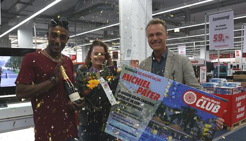 Media Markt Nieuwegein verrast prijswinnaar  dagwinnaar 60 Dagen Geluk