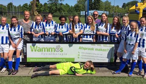 Meiden VSV Vreeswijk MO 15-1 voor de tweede keer kampioen!
