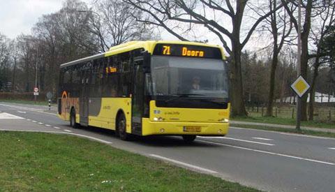 Bussen van lijn 71 en 72 uit Nieuwegein stromen beter door op de Waterlinieweg