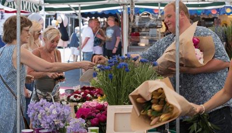 Zaterdagmarkt op Cityplaza weer terug in het centrum