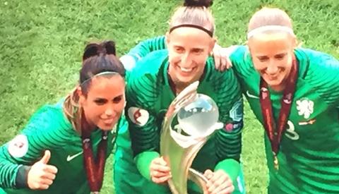 Nieuwegeinse in EK team van de UEFA na behalen EK titel
