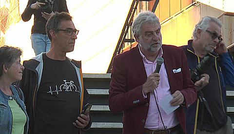 Fietsnet Nieuwegein feestelijk in gebruik genomen met Color Bike Tour