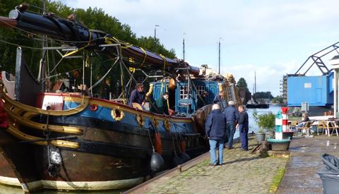 Statenjacht De Utrecht gearriveerd op De Museumwerf in Vreeswijk