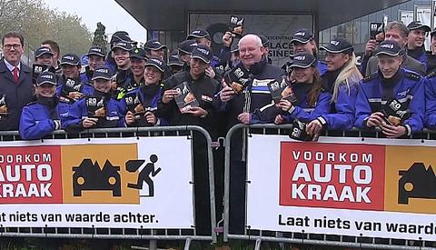 Video: Campagne tegen autokraak van start in Nieuwegein