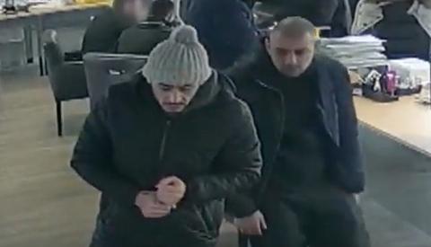 Auto gestolen in Nieuwegein, overgeschreven in Haarlem en verkocht in Rotterdam