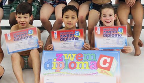 Afzwemmen voor het  C- diploma in Merwestein