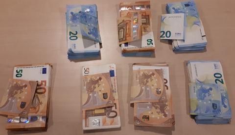 Drugsdealer uit Nieuwegein aangehouden met veel geld en drugs