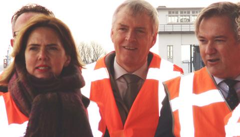 Bezoek Minister Cora van Nieuwenhuizen aan Nieuwegein