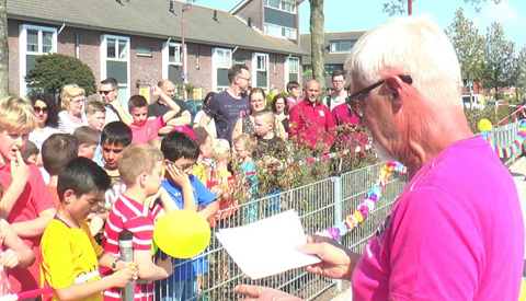Nieuwe speeltuin aan de Guido Gezellehove dankzij burgerinitiatief bewoners