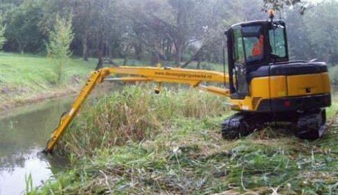 Maaien gras en uitmaaien van sloten en singels