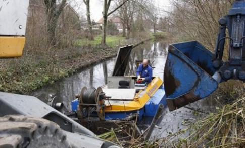 Waterschap baggert in Nieuwegein, IJsselstein en Montfoort