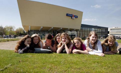 TedxYouth@AnnaVanRijnCollege inspireert leerlingen Anna