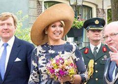 Burgemeester Frans Backhuijs bij de Koning en Hare Majesteit Koningin Máxima