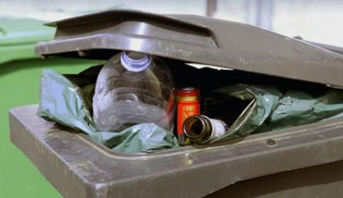 'VVD, CU en SP maken afvalstoffenheffing onnodig duur'