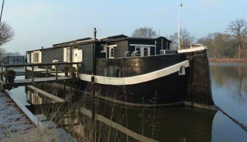 Rectificatie: Rondleiding door Woon- en atelierschip De Zwerver bij Museumwerf Vreeswijk