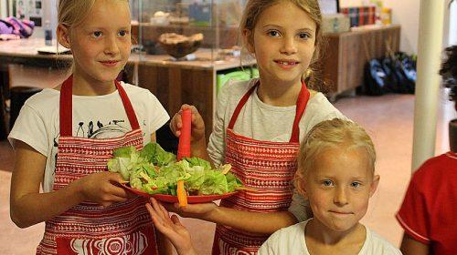 'Koken met jongeren in de Wereldkeuken'