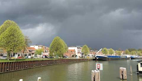 Code geel: Vanmiddag wind en onweersbuien in Nieuwegein