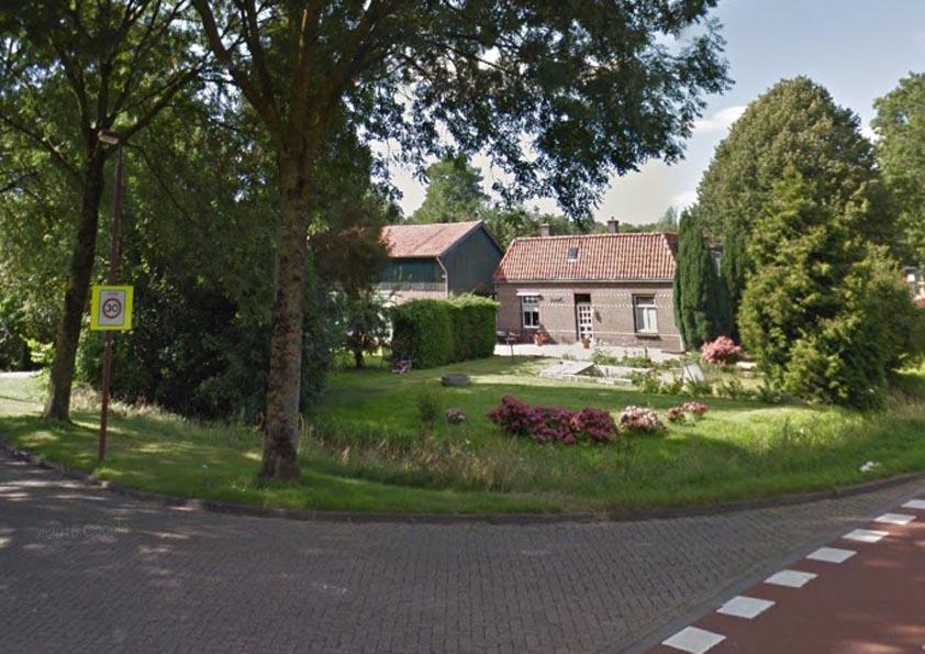 De Oude Boerderij : Nieuwe bestemming voor oude boerderij aan de vreeswijksestraatweg