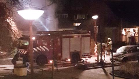 Brandweeroefening laat wijkbewoners Batau Noord aardig schrikken