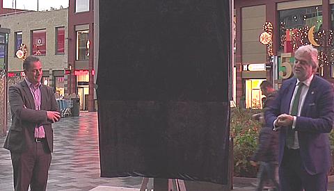 Video: Foto-expositie #ZIE geopend op Cityplaza