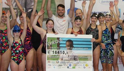 Serious Swim & Dive heeft ruim 16.000 euro opgehaald
