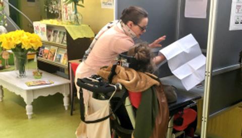 Naar het stembureau met Automaatje in Nieuwegein