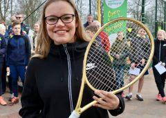 Mandy van Wolferen wint Gouden Racket Rijnhuyse