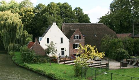Museum Warsenhoeck en het Vreeswijks Museum onderzoeken integreren van collecties