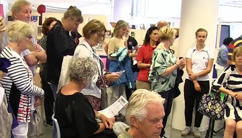 Drukte tijdens eerste 'APK-keuring' voor 55 plussers in de bieb