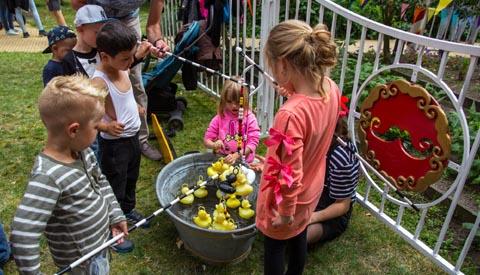 Video: 'Geslaagd GRAS festival op Buurtplein Batau'