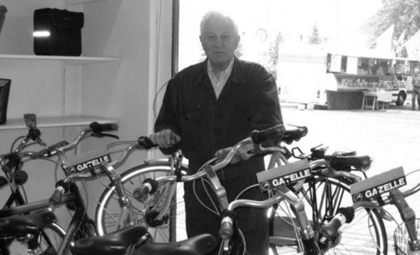 Oud raadslid Job Hoegée op 88-jarige leeftijd overleden