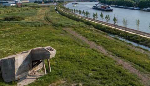Beleef het Lekkanaal  vanaf nieuw Sluispad ten noorden van Beatrixsluis