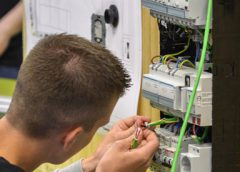 Studenten Tech Campus uit Nieuwegein bij bedrijven opgeleid tot Smart Technician