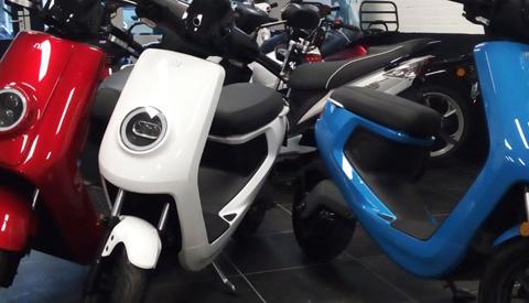 Gemeente geeft € 20.000,00 subsidie voor aanschaf elektrische scooters