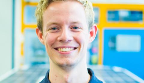 Student Max uit Nieuwegein werkt met het TU Delft Solar Boat Team