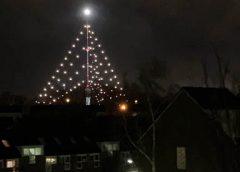 Grootste Kerstboom gaat weer schijnen over Nieuwegein
