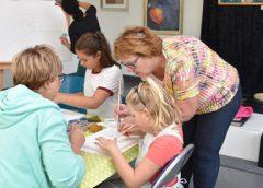 Kids Art Club : 'Kijken, kiezen, kleuren: als je maar durtft!'