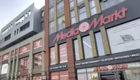 Boomlange winkeldief bedreigt beveiliger van de Mediamarkt op Cityplaza